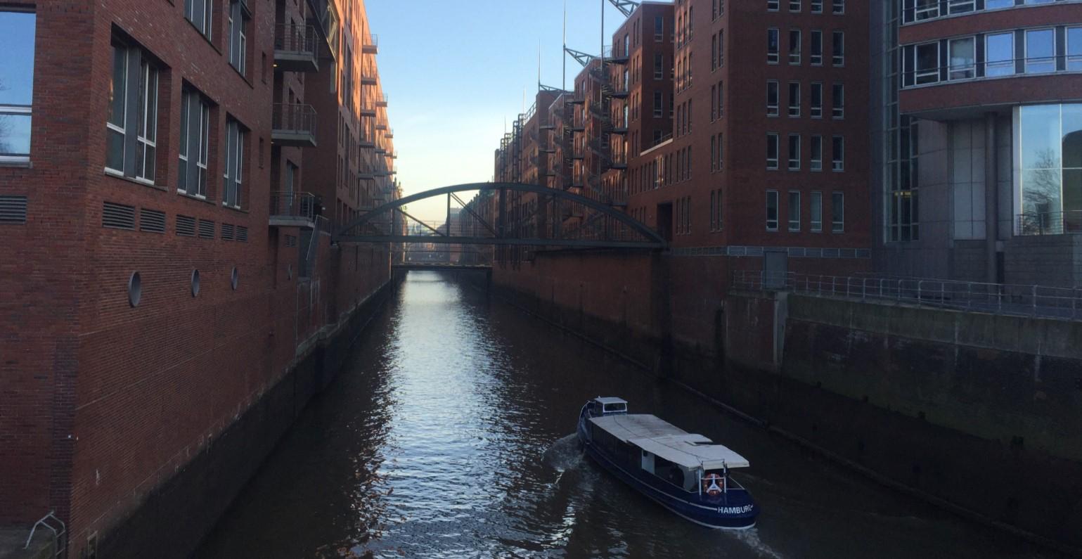 hamburg-canal